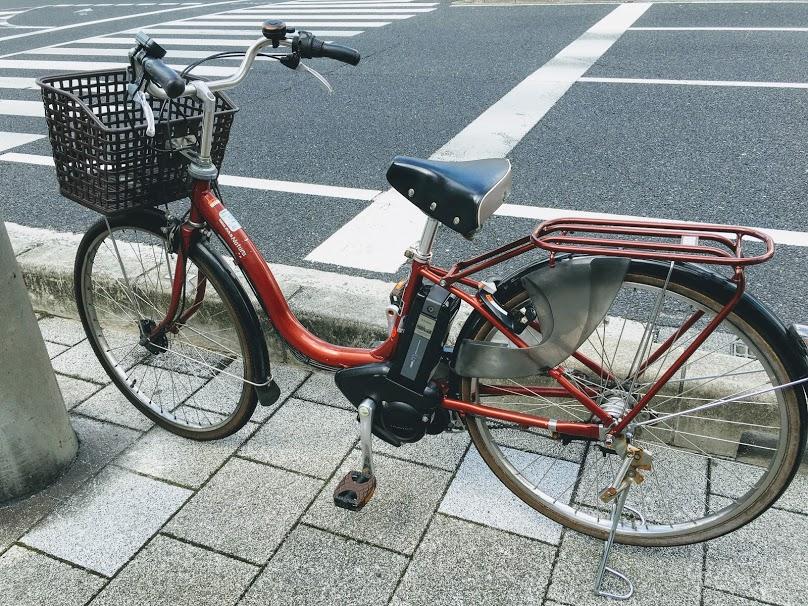 自転車 立ちこぎ なぜする? 速いのか?